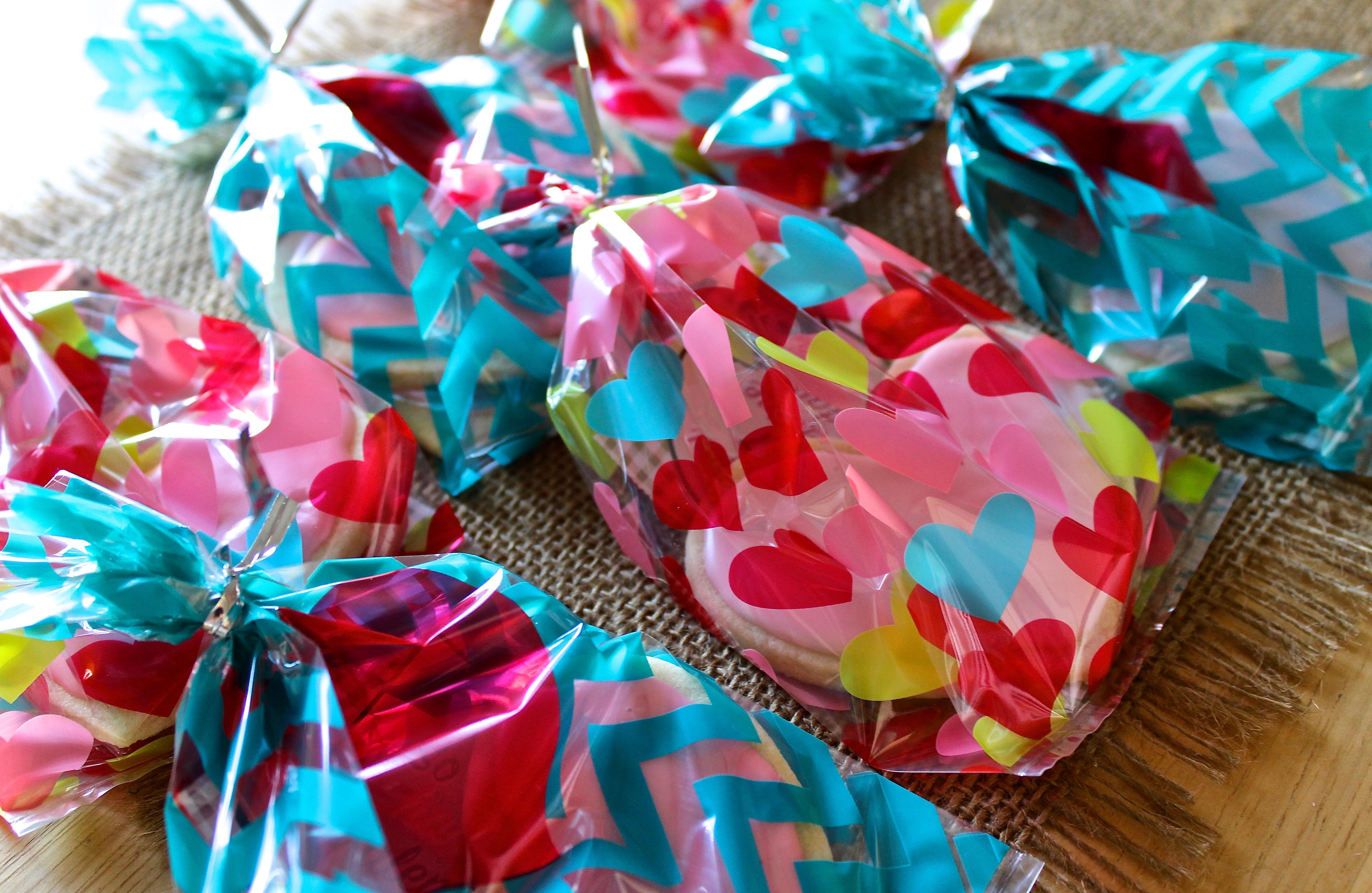img 1885 1024x666 valentines sugar cookie goodie bags
